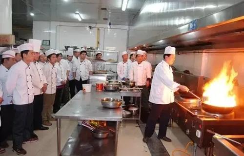 厨师证改革对厨师有什么影响?你关心的问题,这里都有答案!